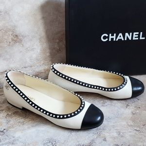 Chanel • Pearl Stud Flats Cruise 16' Collection